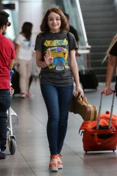 Joey King Airport Style - Arriving at Montreal Airport, SEptember 2015