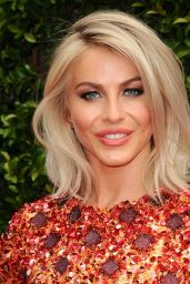 Julianne Hough - 2015 Creative Arts Emmy Awards in Los Angeles
