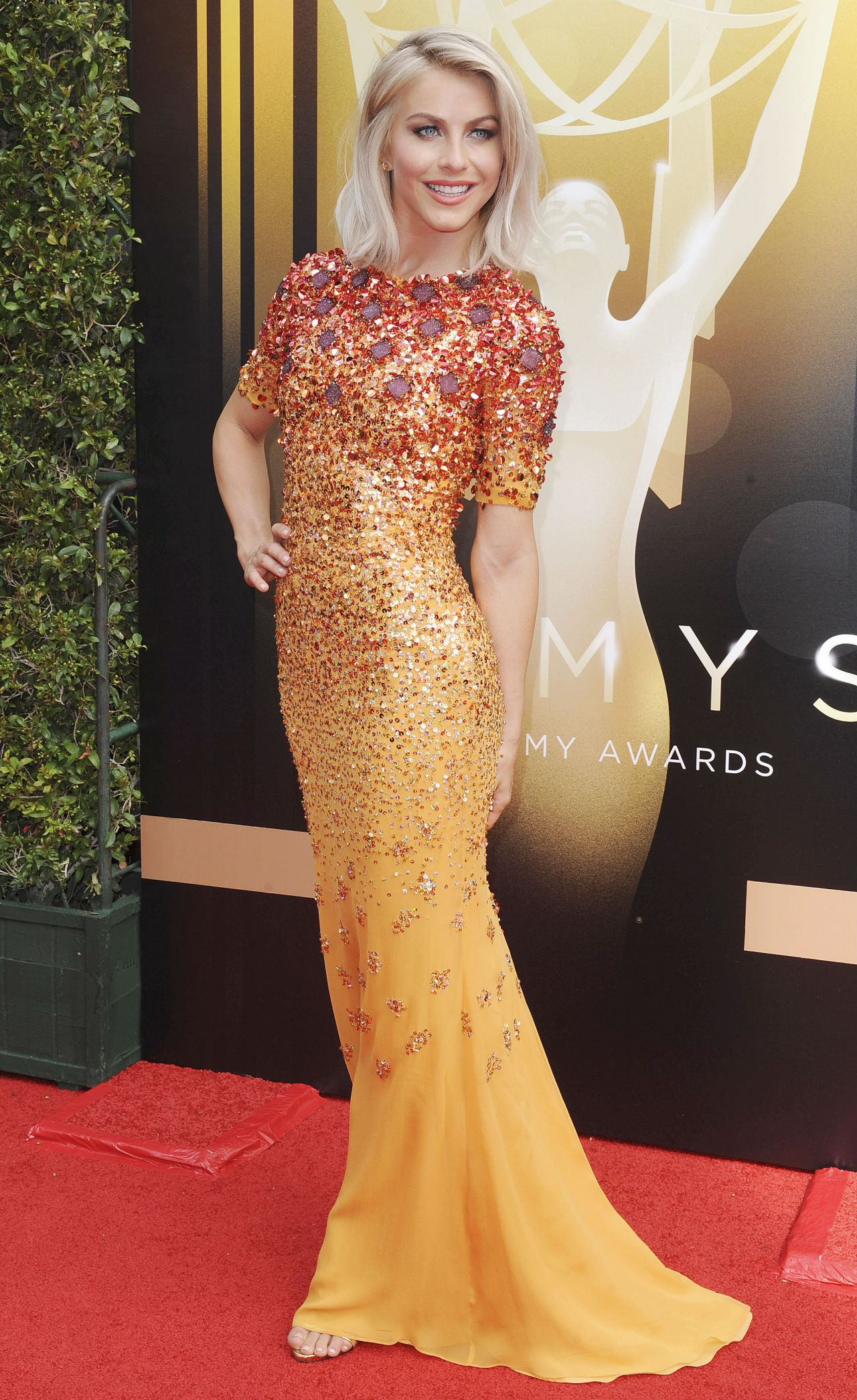Julianne Hough 2015 Creative Arts Emmy Awards In Los Angeles
