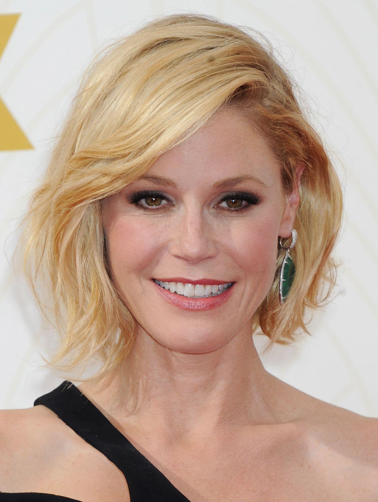 Julie Bowen 2015 Primetime Emmy Awards In Los Angeles