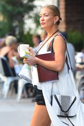 Kate Hudson Casual Style - New York City, September 2015