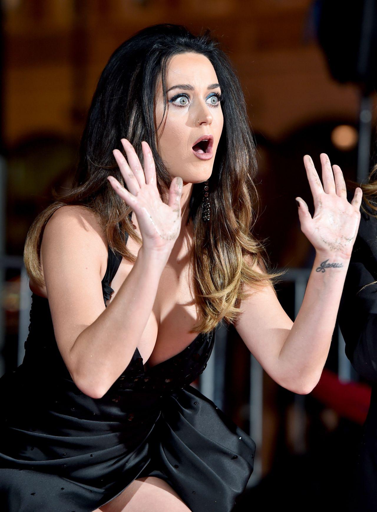 Katy Perry - Jeremy Sc... Dakota Fanning