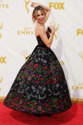 Keltie Knight – 2015 Primetime Emmy Awards in Los Angeles