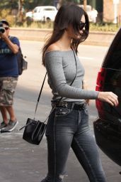 Kendall Jenner Casual Style - Leaving Her Apartment in New York City, September 2015