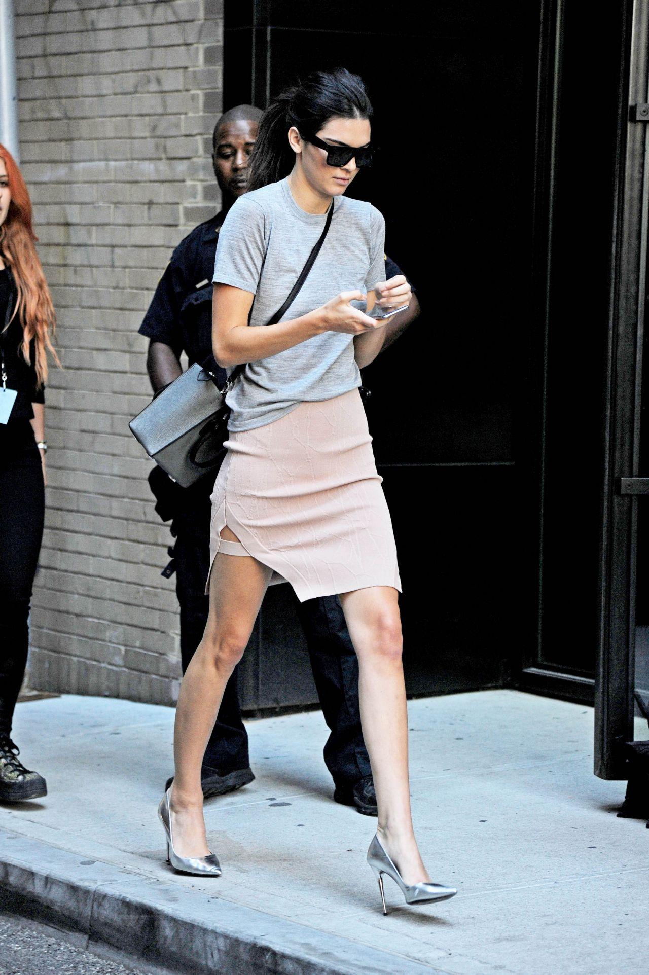 Kendall Jenner - Leaving Michael Kors
