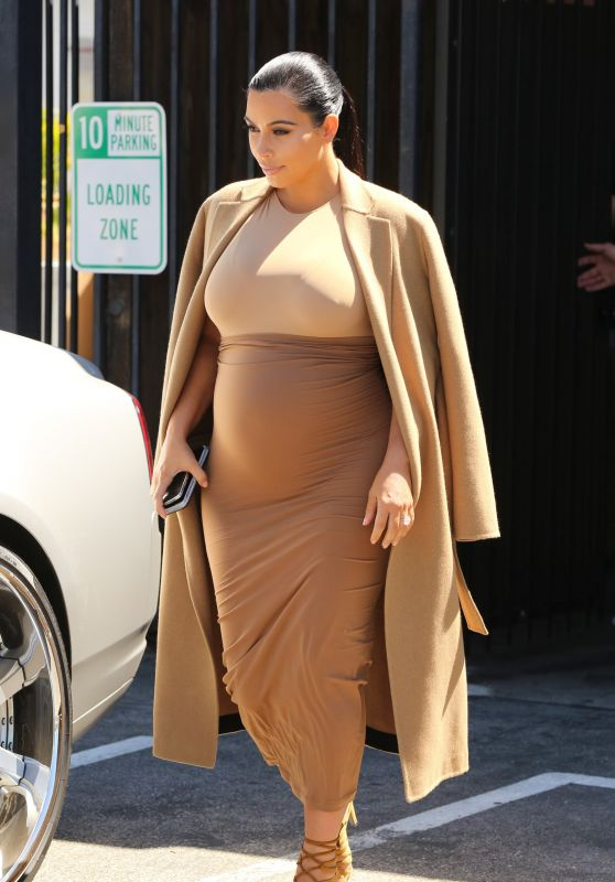 Kim Kardashian Style - Studio in Van Nuys, August 2015