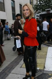 Kimberley Garner - Out in London - LFW  S/S 2016