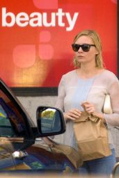 Kirsten Dunst at a CVS in Toluca Lake, September 2015