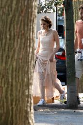 Kristen Stewart on the Set of a Woody Allen film in New York City, September 2015