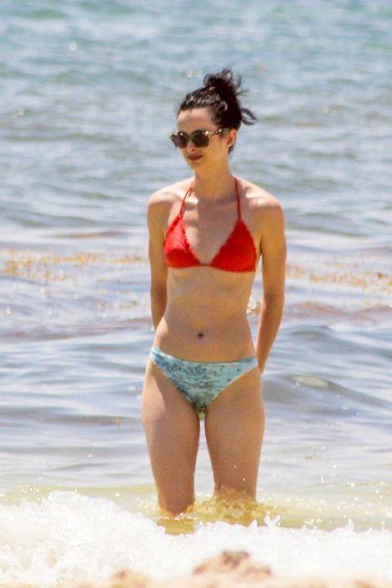 Krysten Ritter Bikini Candids Beach In Cancun September 2015