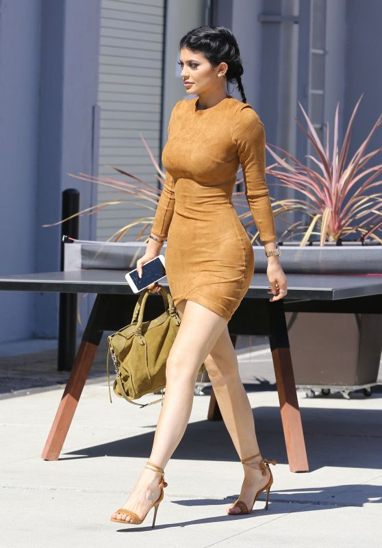 Kylie Jenner Skin Tight Dress – Smashbox Studios in Culver City, September 2015