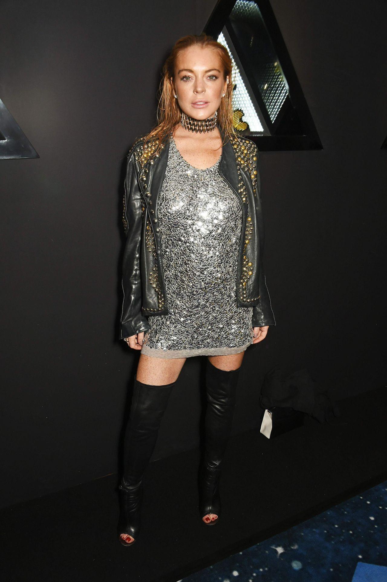 Lindsay Lohan - Nichol...