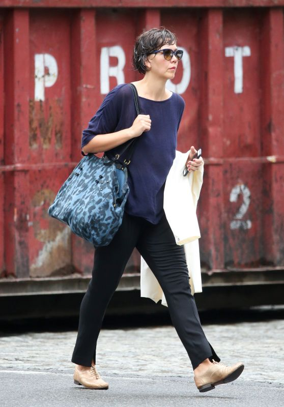 Maggie Gyllenhaal - Out in Tribeca, New York City, September 2015