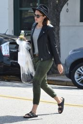 Mandy Moore Casual Style - Shopping in Beverly Hills, September 2015