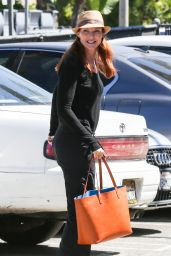Marcia Cross - Shopping at Green House Smoke Shop in Venice Beach, September 2015