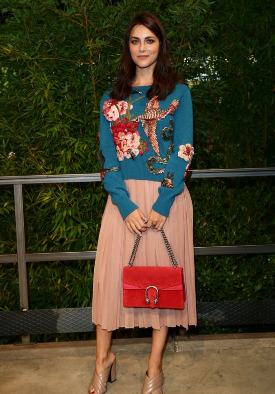 Miriam Leone at Gucci Show – Milano Fashion Week, September 2015