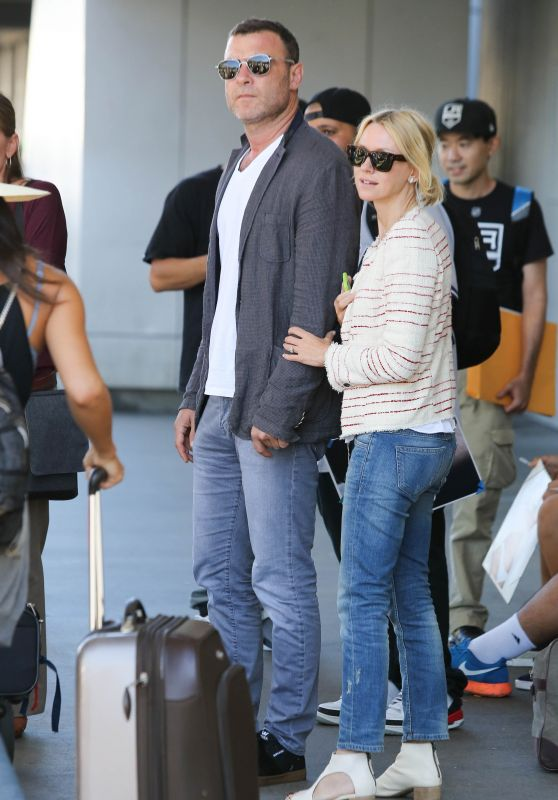Naomi Watts Airport Style - Los Angeles International Airport, September 2015