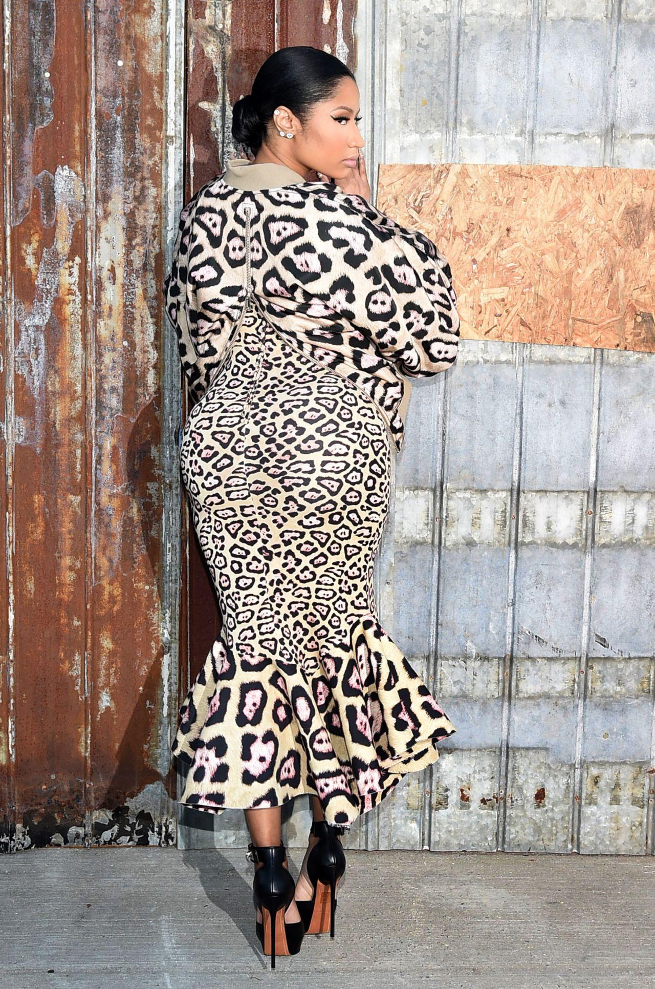 Nicki Minaj Givenchy Show At Spring 2016 Ny Fashion Week