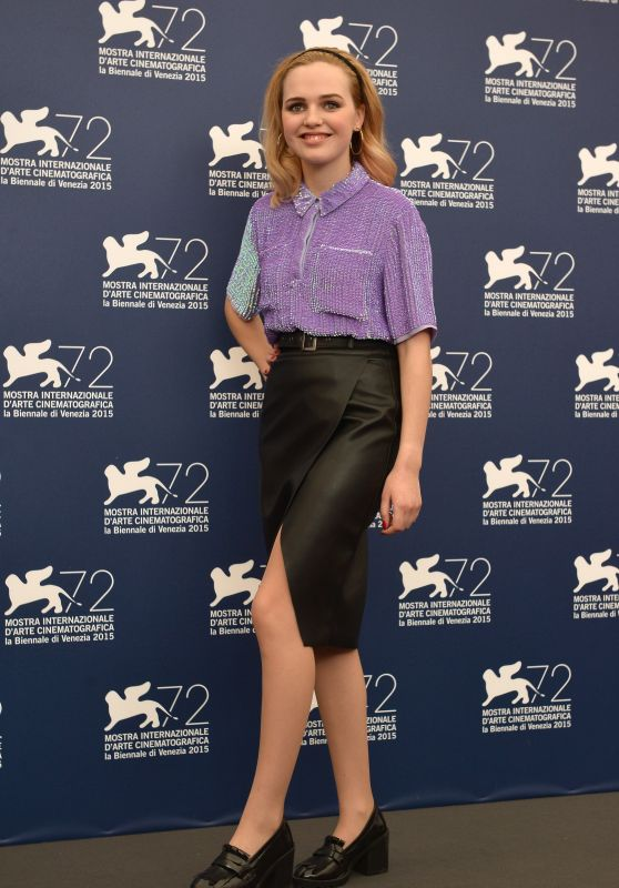 Odessa Young -