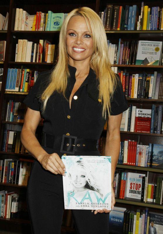 Pamela Anderson -