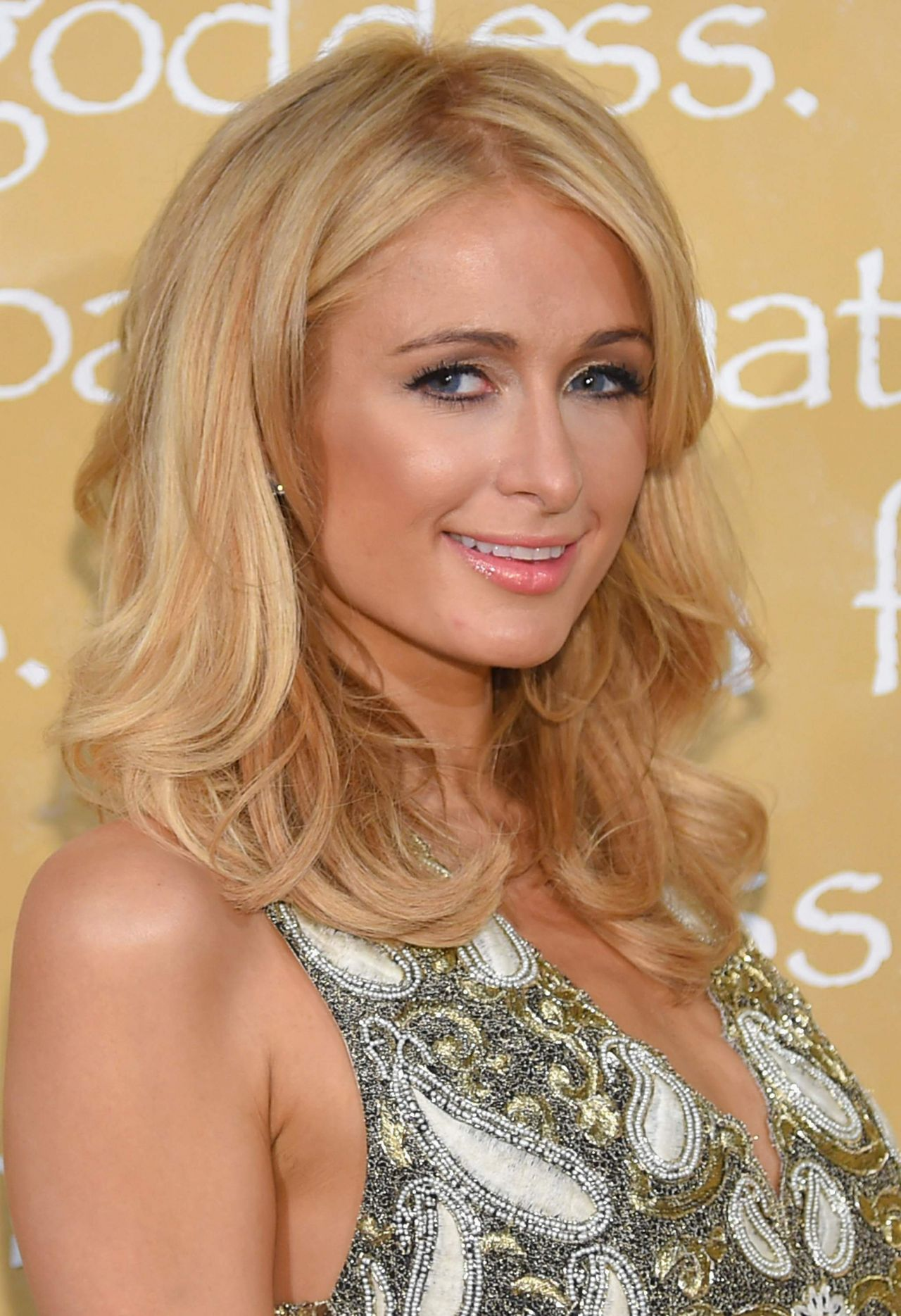 Paris Hilton – Alice + Olivia By Stacey Bendet Spring 2016 ...