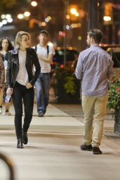 Rachel McAdams Enjoys a Walk With a Friend in Toronto, September 2015