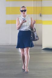 Reese Witherspoon - Arriving at Her Office in Santa Monica, September 2015
