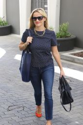 Reese Witherspoon Booty in Jeans - Arriving at Her Office in Santa Monica, September 2015