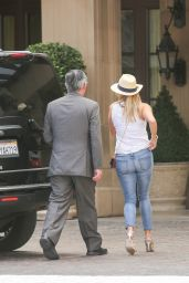 Reese Witherspoon Booty in Jens - Arriving at Montage Hotel in Beverly Hills, September 2015