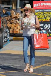 Reese Witherspoon  Casual Style - Los Angeles, September 2015