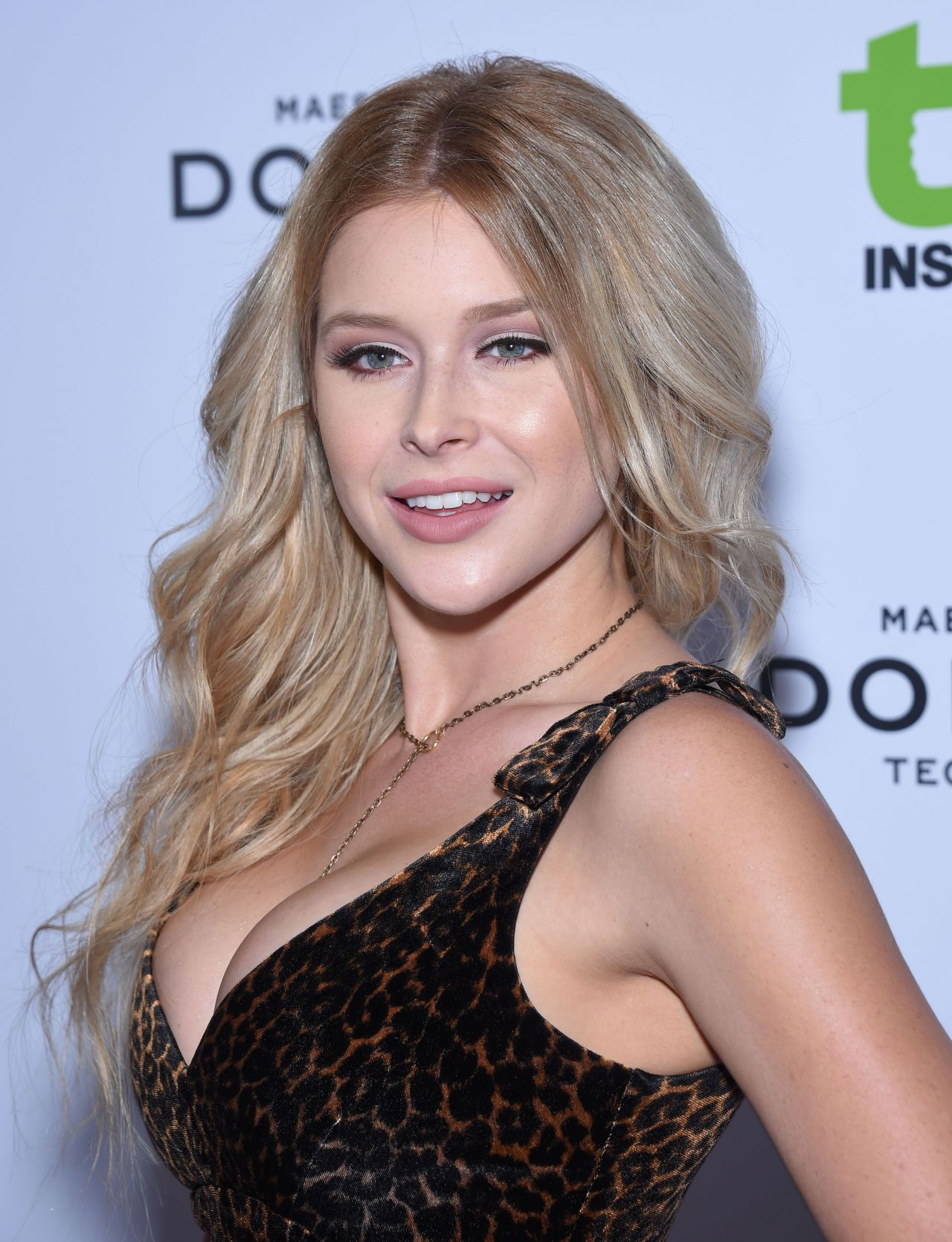 892f9dc1a2c9 Renee Olstead – 2015 Television Industry Advocacy Awards .