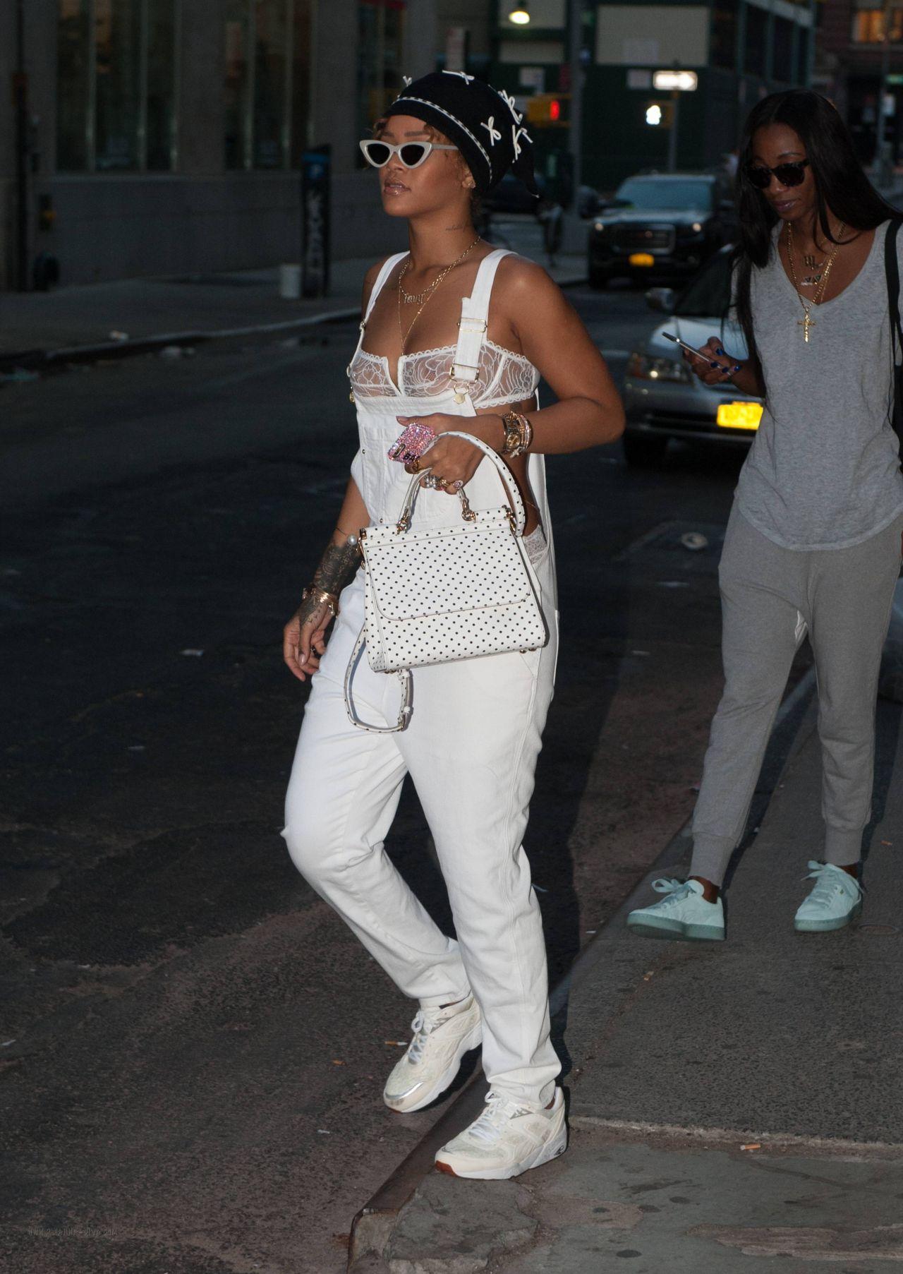 Rihanna Casual Style Nyc September 2015