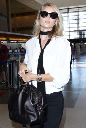 Rosie Huntington-Whiteley Airport Style - LAX, September 2015