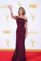 Sarah Hyland – 2015 Primetime Emmy Awards in Los Angeles