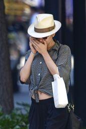 Scarlett Johansson Street Style - Shopping in NYC, September 2015