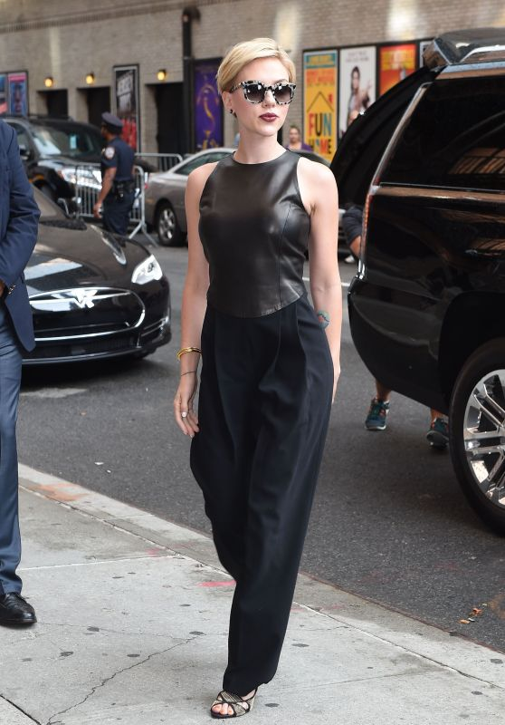 Scarlett Johansson Style -