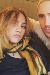 Suki Waterhouse - Twitter, Instagram and Personal Pics, September 2015