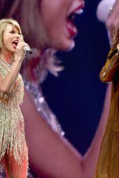 Taylor Swift - 1989 Concert in Nashville, September 2015