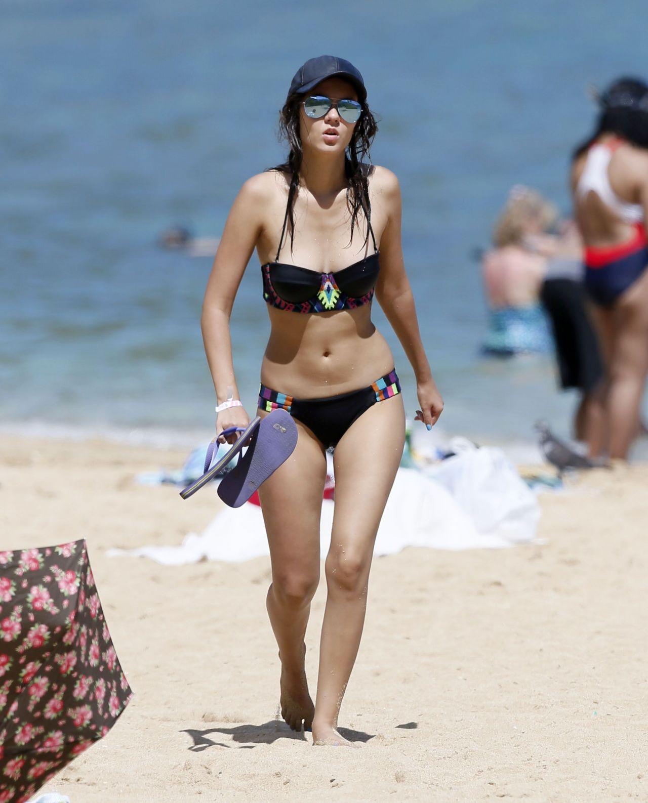 Victoria Justice Bikini Pics