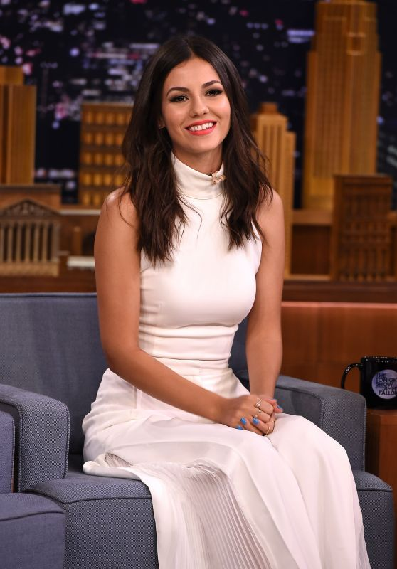Victoria Justice – Visits 'The Tonight Show Starring Jimmy Fallon', August 2015