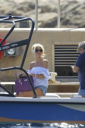Victoria Silvstedt - Heads Out on a Boat Trip in St. Tropez, September 2015