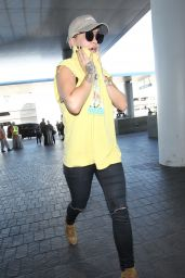 Rita Ora - at LAX Airport in Los Angeles, October 2015