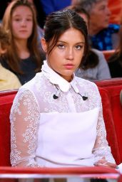 Adèle Exarchopoulos on the Set of