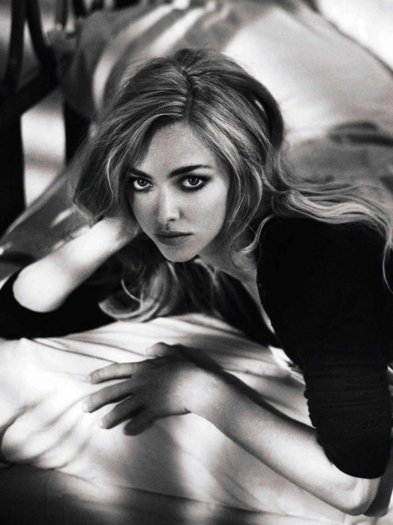 Amanda Seyfried Glamour Magazine Spain November Issue