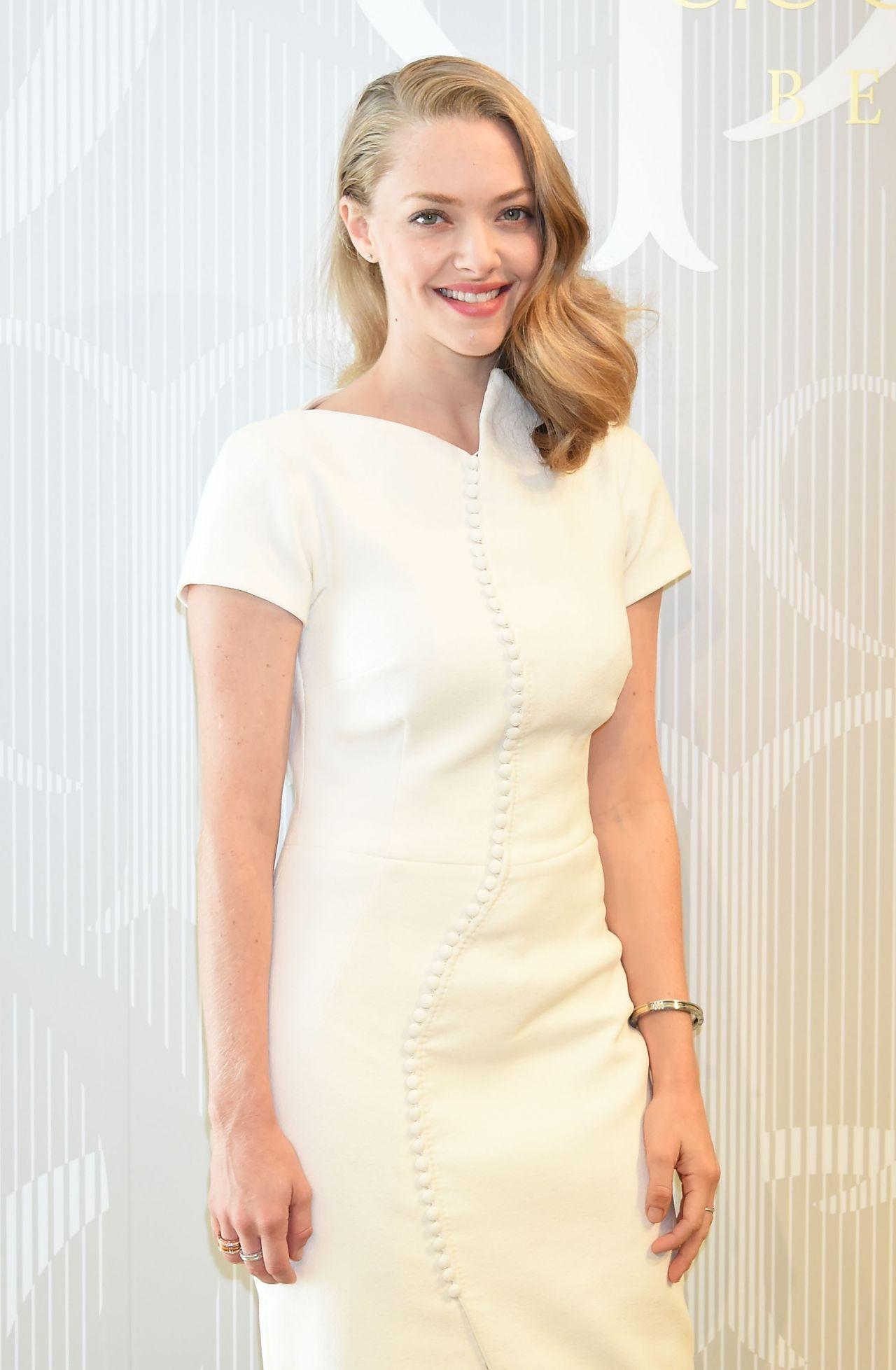 Amanda Seyfried - Prom...