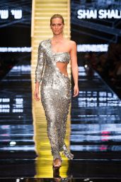 Bar Refaeli - Gindi TLV Fashion Week 2015 at TLV Fashion Mall in Tel Aviv - Opening Show