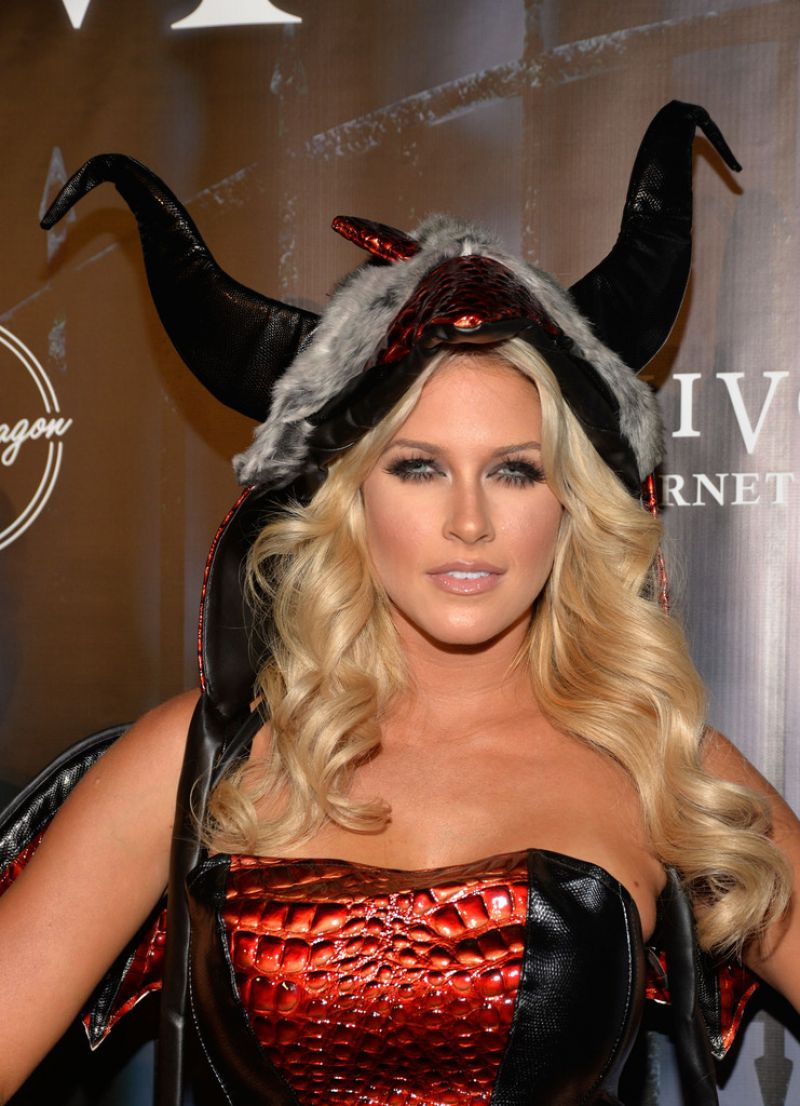 Blank (Kelly Kelly) - The Official MAXIM Halloween Party in ...