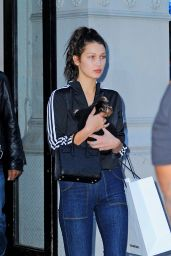 Bella Hadid - Outside Vera Wang in Soho in NYC, October 2015