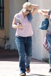 Britney Spears - Out in Westlake Village, October 2015