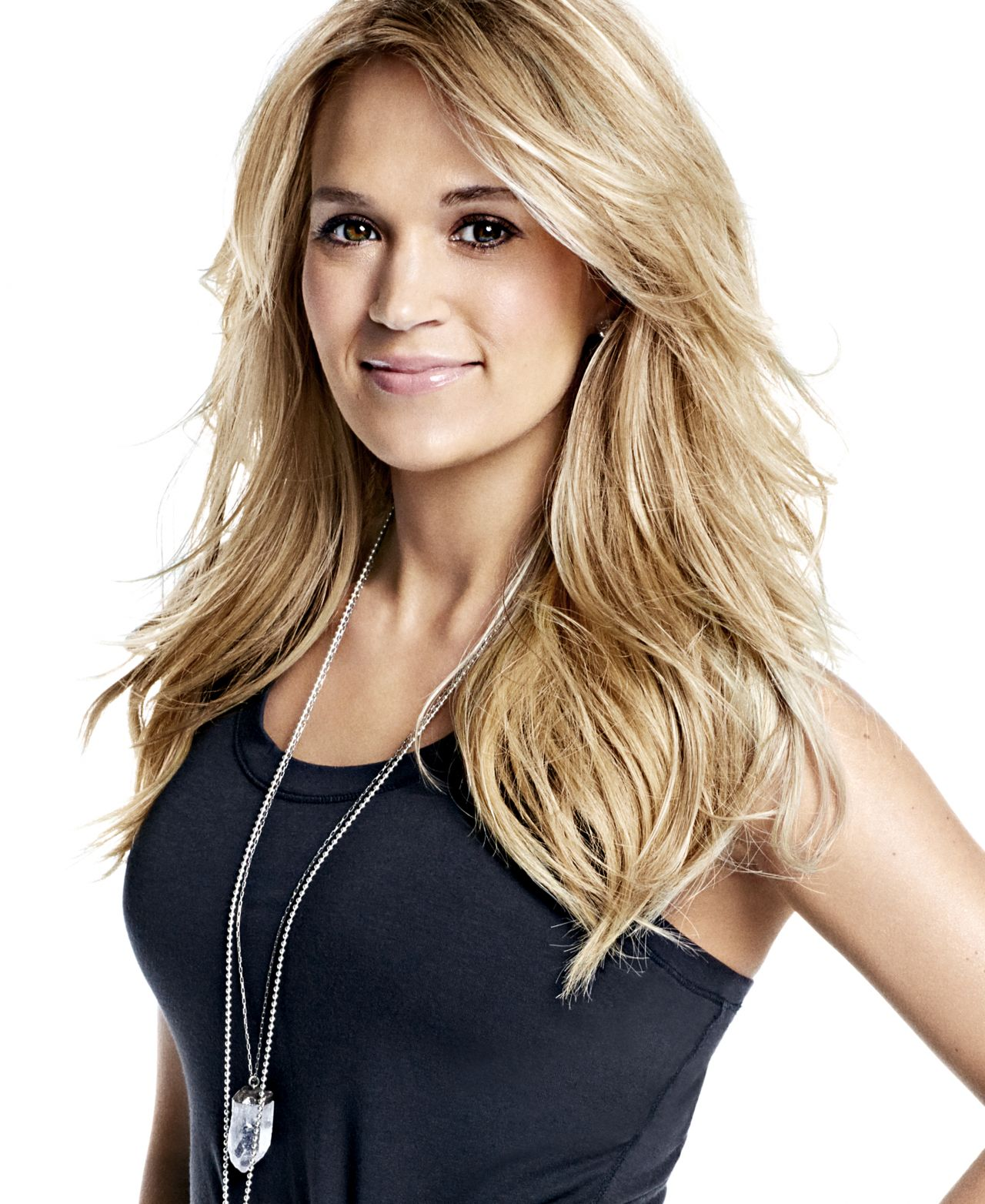 Carrie Underwood Photoshoot For Shape Usa November 2015